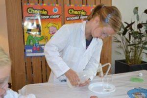 Professor feestje bij Chemistry4Fun